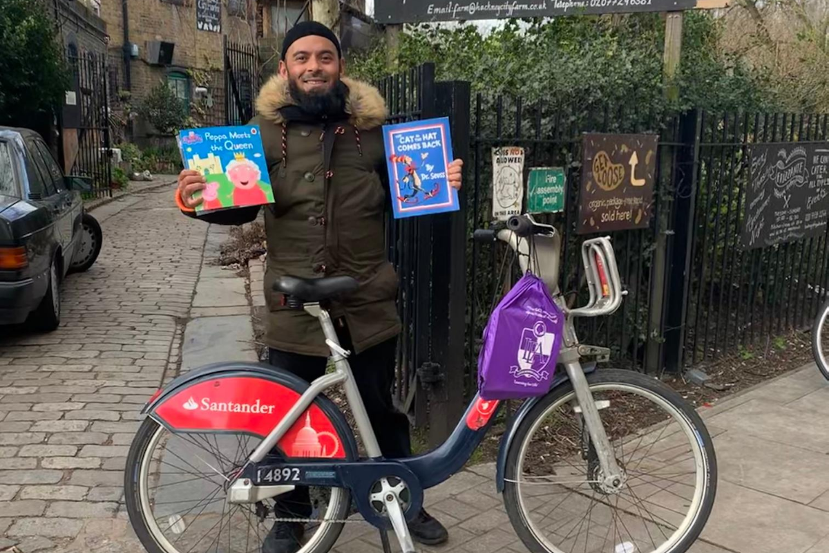 Emdad with Santander Cycle and books