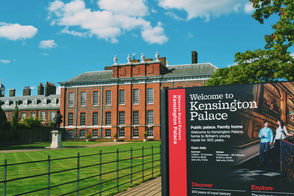 Kensington Palace entrance on a sunny day.
