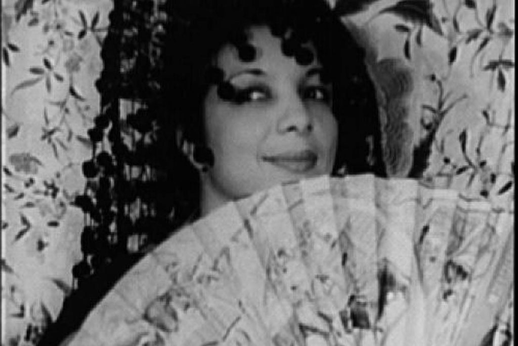 Black and white photo of Evelyn Dove.